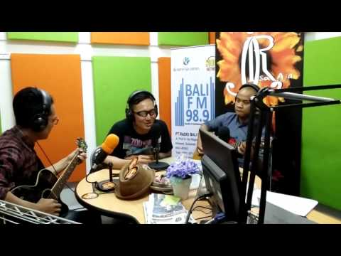 Isa Raja Remembering All The Kisses Single Promo in Bali Radio Station