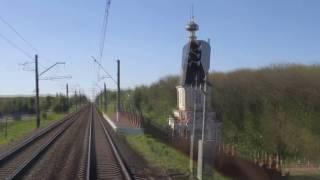 Проездка по ЖД 120км/ч из кабины электровоза(Даже обыкновенные пассажирские поезда иногда разгоняются до 120 км/ч. Редкое видео из кабины электровоза..., 2016-12-18T11:48:11.000Z)