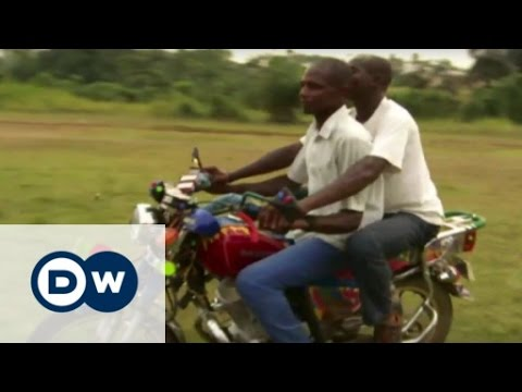 Swapping guns for motorbikes in Cameroon | DW English
