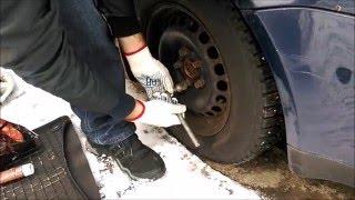 Смазываем колёсные болты(В саратовской области пробил колесо и не смог открутить болты, что бы поставить запаску. Так и пришлось..., 2016-02-13T14:02:24.000Z)