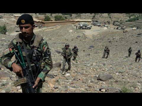 أفغانستان: مقتل 16 شرطيا على الأقل في غارة أمريكية في هلمند  - نشر قبل 1 ساعة