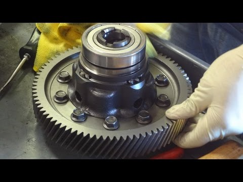 K Series Transmission Rebuild Part 2: Taking Out the Shaft & Countershaft &  Gears