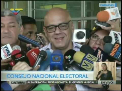 Jorge Rodríguez declara en el CNE el 21/10/16 tras suspenderse el revocatorio