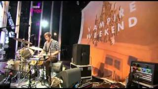 Vampire Weekend - A Punk & Oxford Comma (Live Reading Festival 2009)