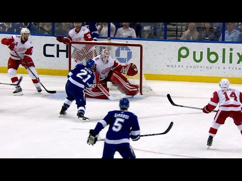 10/26/17 Condensed Game: Red Wings @ Lightning