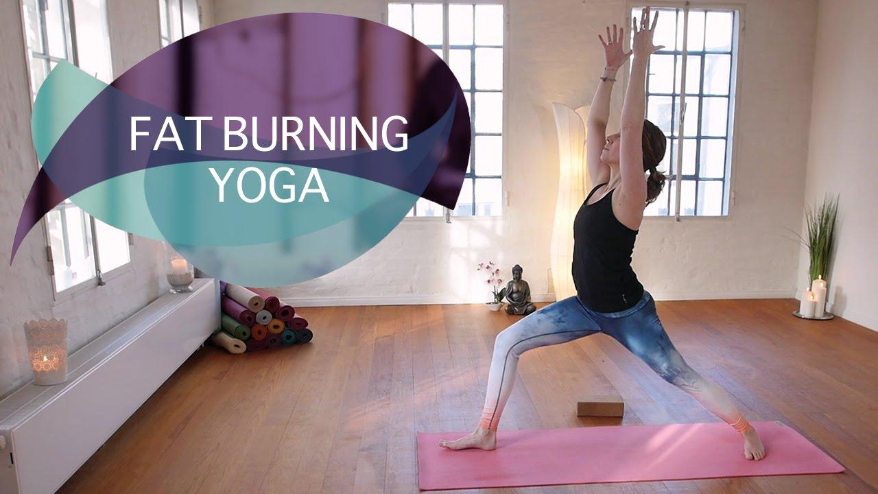 Fat Burning Yoga: Ein Flow zum Abnehmen // FlexibleFit Yoga