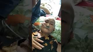 Lúc mẹ tôi trút hơi thở cuối cùng