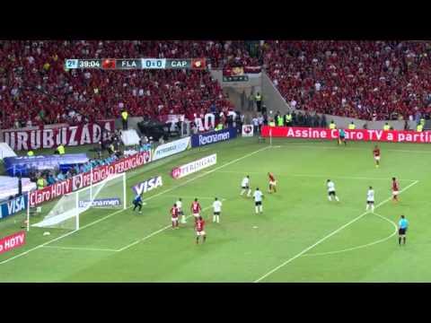 Taça na mão e dinheiro no bolso / Flamengo 2-0 Atlético (PR)