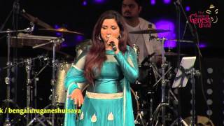 "Shreya Ghoshal singing ""Gaganave Baagi"" kannada song @ 53rd Bengaluru Ganesh Utsava...!!!"