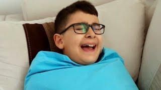 Kundaklı Bebek Ağlıyor Berat Ne İstediğini Bilmiyor. Eğlenceli Çocuk Videosu