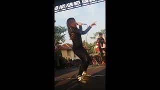 Download Video Uut Selly Di Tinggal Rabi Goyangnya Mantap Banget MP3 3GP MP4