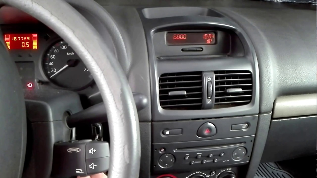 insert radio code on renault clio 2 2004 youtube. Black Bedroom Furniture Sets. Home Design Ideas