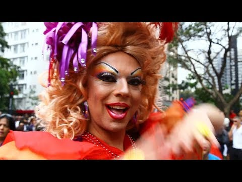 Memphis BlakoWt Reloaded in Gay Parade in Downtown Memphis from YouTube · Duration:  22 minutes 38 seconds