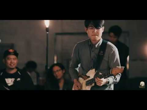 HAPPY - Joseph Yun (Live in DTLA)  - Willows Guitar