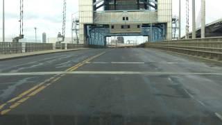 Tomlinson Lift Bridge westbound