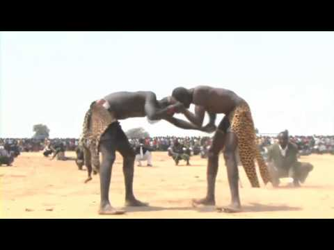 Angakuei vs Palek wrestling match