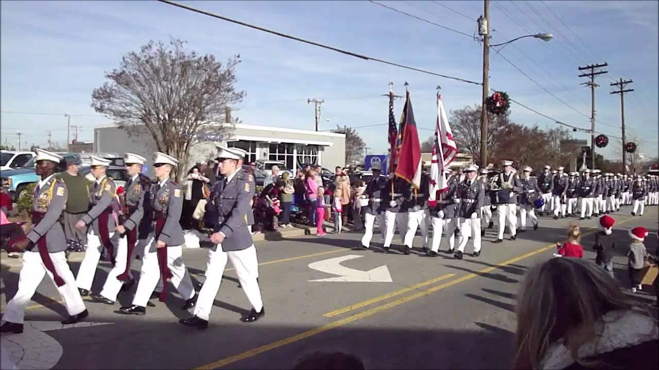 Kernersville Christmas Parade 2015 - Oak Ridge Military Academy ...