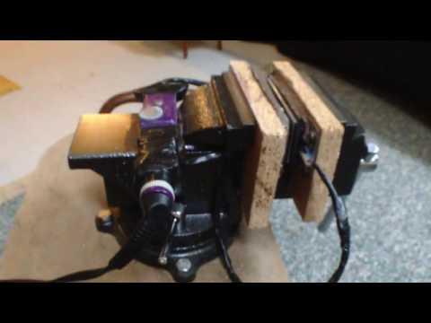 Rosin Press: A look at my DIY  bench vice rosin press