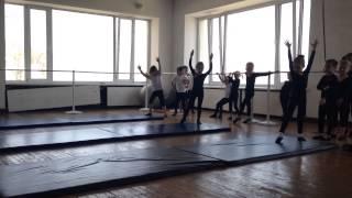 Открытый урок цирк Але-Ап, первый год обучения ч13