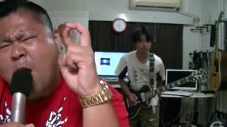 原曲に歌とギターを重ねています 今回は京都大作戦にて可愛いゲストを見...