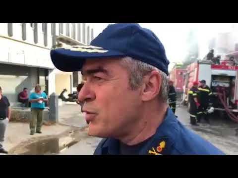 Πυρκαγιά στο Περιστέρι: Εικόνες ολικής καταστροφής στην αποθήκη -Ζημιές σε σπίτια