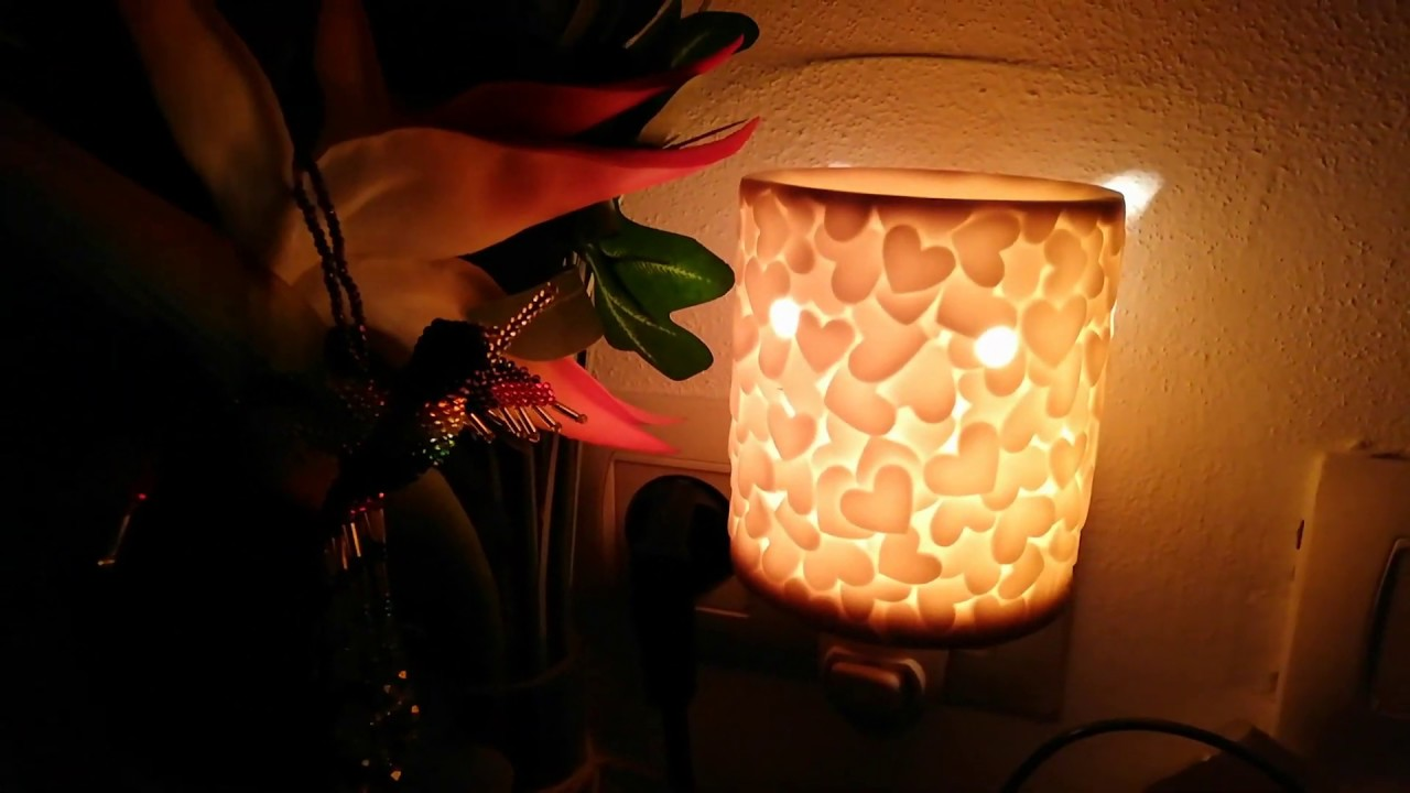 Love Heart Candle (Scentsy Plug-in Warmer) Review 2019 | Raising Funds For  World Vision UK - YouTube