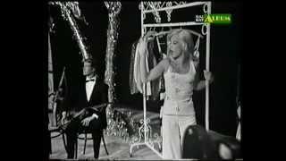 """SYLVIE VARTAN """"Io canto per swanee"""" Show italien PUNTO E BASTA 1975"""