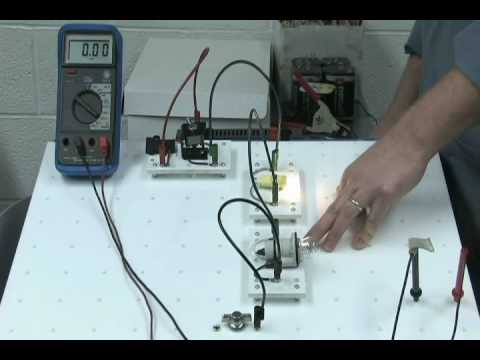auto electrical circuits youtube rh youtube com Automotive Relay Wiring Diagram Auto Electrical Wiring Harness
