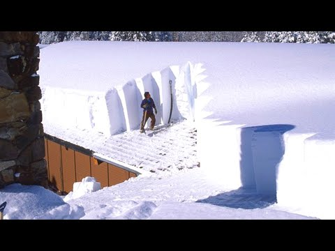 Awesome Roof Snow Removal Tools ! Amazing Snow Sliding 2021