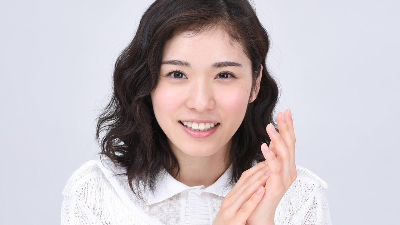 松岡茉優 お笑い芸人をリスペクト 注目のコンビは マンガ実写化には 出す言葉はありません インタビュー3 Mayu Matsuoka Youtube