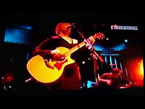 Suzanne Vega live at paradiso amsterdam 2007 part1