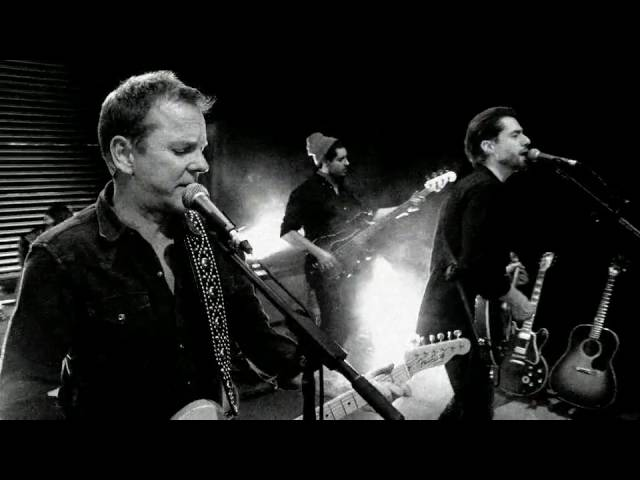 Kiefer Sutherland - Can't Stay Away