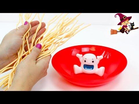 Adorable Monstruito Yeti que Come Spaghetti