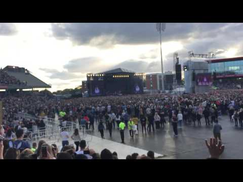 be alright ariana grande - one love manchester
