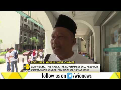 Muslims protest to defend privileges in multi-ethnic Malaysia Mp3