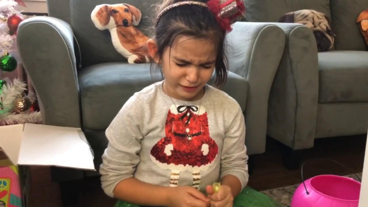 Deniz Annesinden Gizli Çok Şeker Yedi Karnı Ağrıdı Dişleri Cadı Dişi Oldu   Eğlenceli Çocuk Videosu