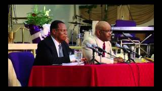 Min. Louis Farrakhan explains why black people can only succeed if we stick together