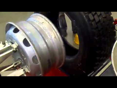 Балансировочный станок Сивик СБМП 40 Альфа Люкс (Wheel balancer .
