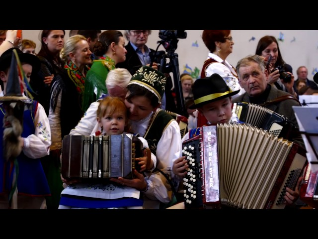 This is how 351 accordions sound like simultaneously - Kashubian Unity Day, Chmielno 19/03/2017