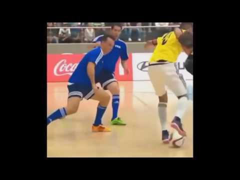 Футбольные финты Youtube видео ::