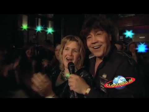Dennie Christian - Besame Mucho (Officiële Videoclip)