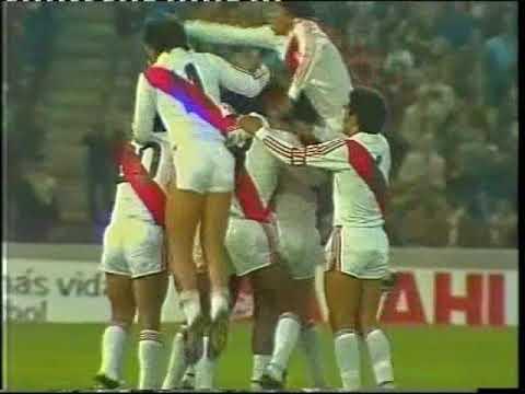 Teófilo Cubillas - Golazo de tiro libre a Escocia (Argentina 78)
