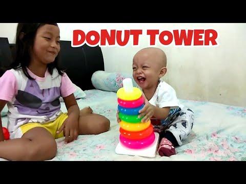 Bayi Lucu Main Susun Donat Tower   Stacking Ring Tower