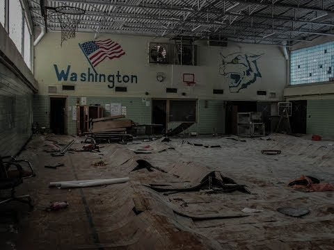 Abandoned Washington Elementary School. Flint, MI.