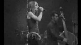 Смотреть клип Vanessa Paradis - St Germain