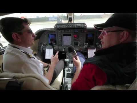 piaggio p.180 avanti ii at avalon international airshow 2011 - youtube