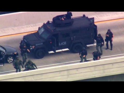 Drama on California freeway as police rescue boys from father