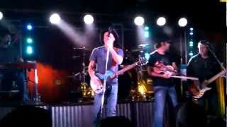 Kevin Fowler - Drinking my Baby Goodbye
