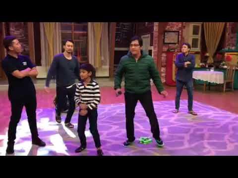 KOCAK .. Kenzy Dancing bareng Papa Andre, Desta, Vincent