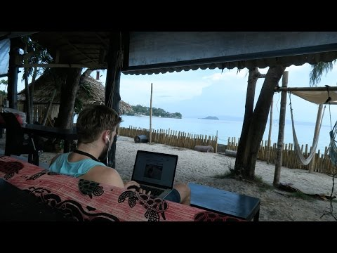 WORKING ON THE BEACH IN KOH PHANGAN | DIGITAL NOMAD VLOG 14